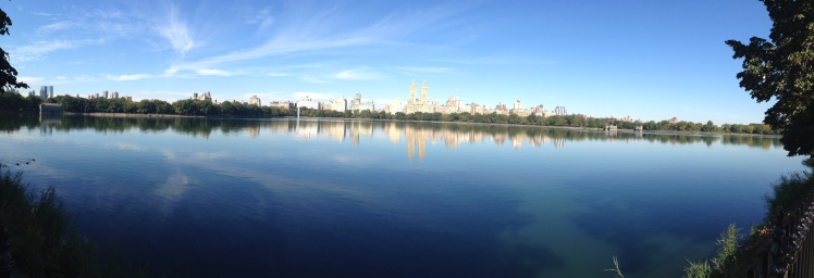 Another thing to do in NY: Go for a run around Jackie Kennedy Reservoir inside the Central Park.